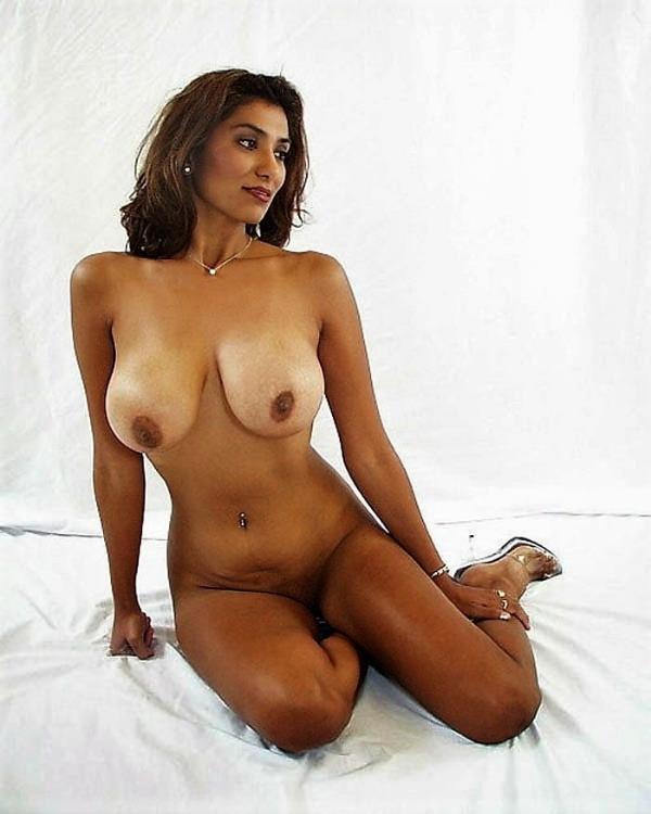 sexy desi nude girls pics - 5
