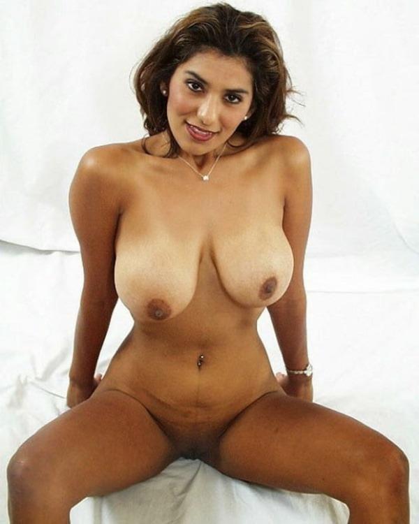 sexy desi nude girls pics - 6