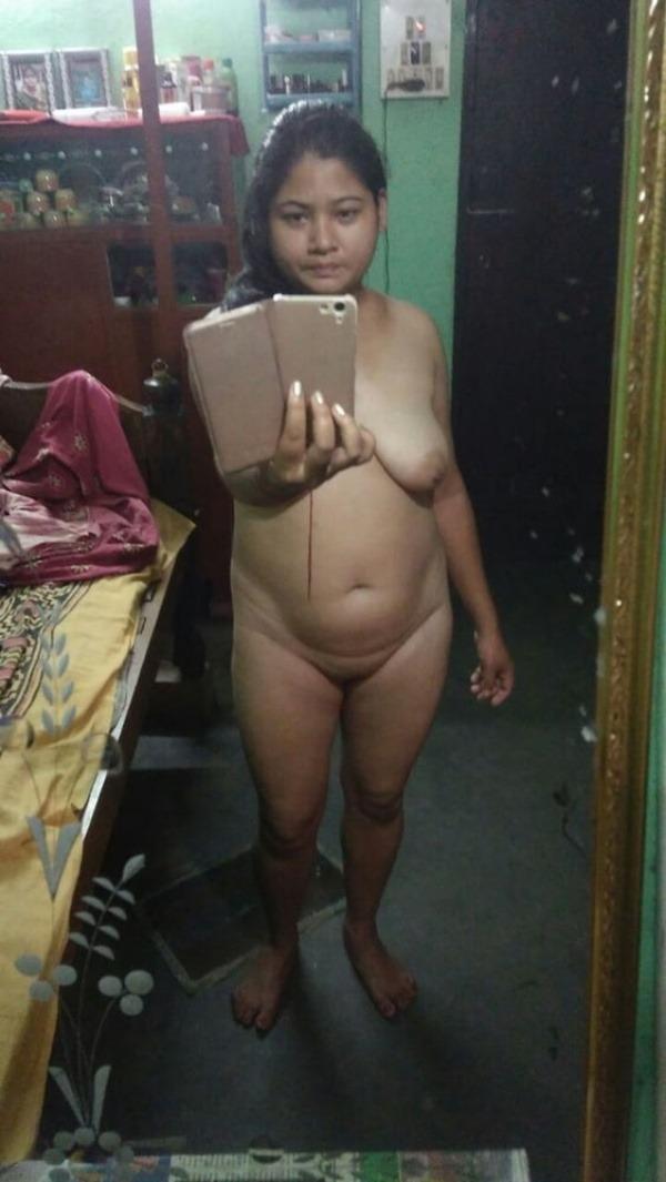 sexy desi nude sluts pics - 40