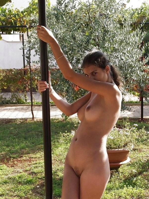 sexy indian naked girls pics - 11
