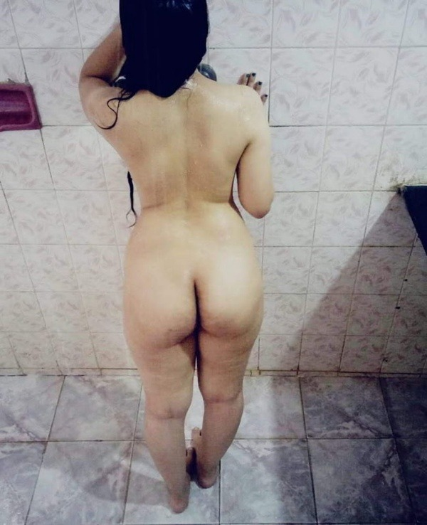 sexy indian naked girls pics - 43