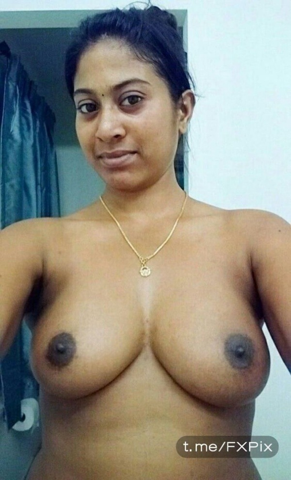 sexy indian nude babes pics - 10