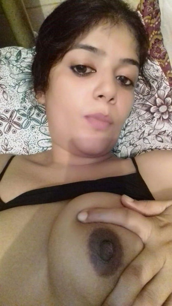 sexy indian nude babes pics - 28