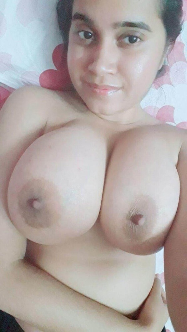sexy indian nude babes pics - 36