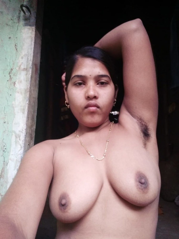 sexy indian nude babes pics - 46