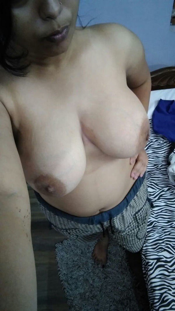 sexy indian nude babes pics - 9