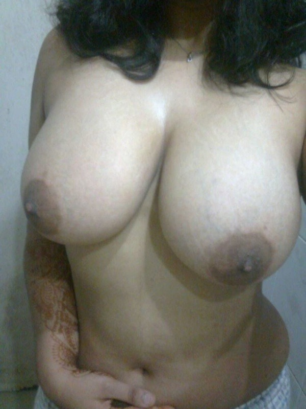 sexy nude indian babes - 22