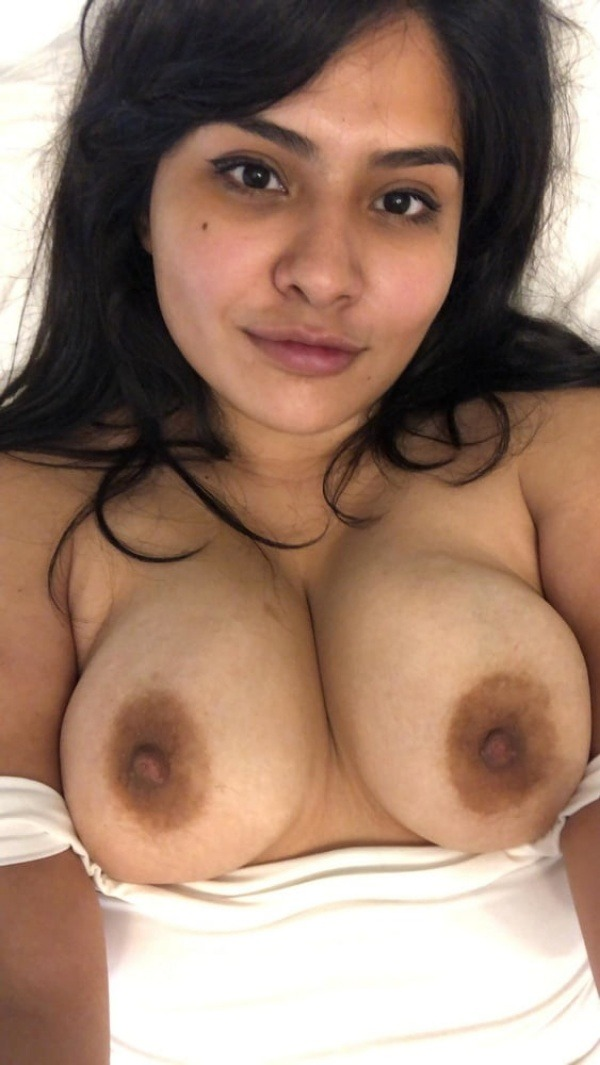 sexy nude indian babes pics - 24