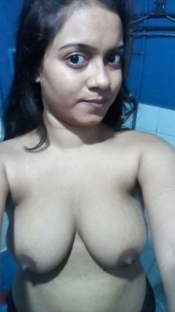 sexy nude indian babes pics - 49