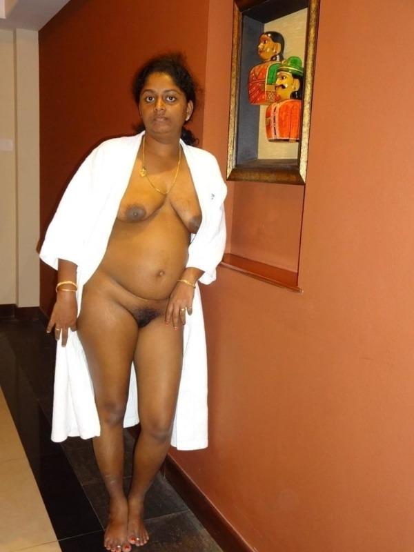 shameless desi sexy aunties pics - 29