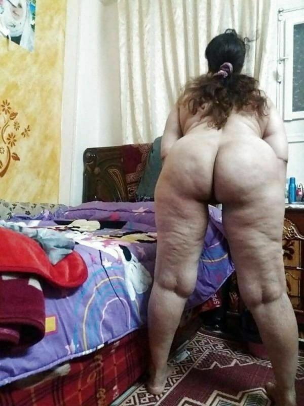 shameless desi sexy aunties pics - 46