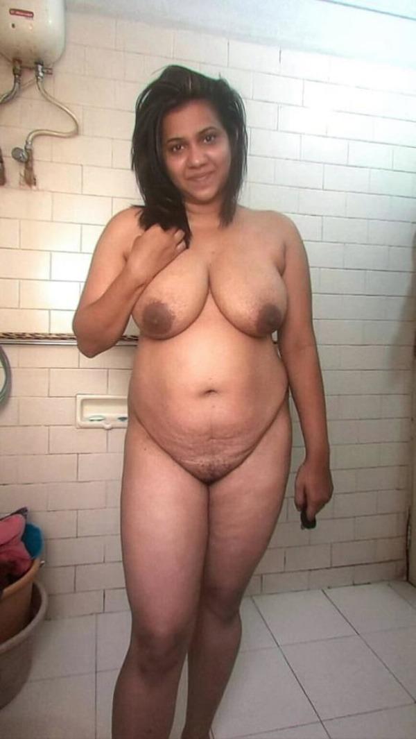 tantalising big Indian boobs pics - 2