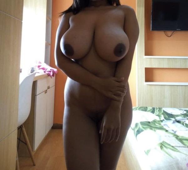 tantalising big Indian boobs pics - 39