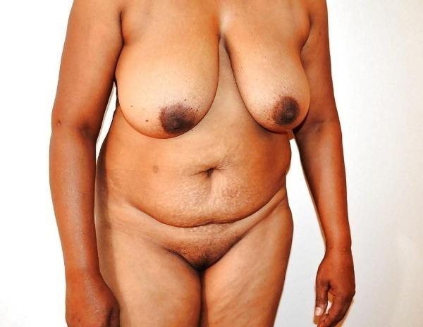 teasing desi hot boobs gallery - 19