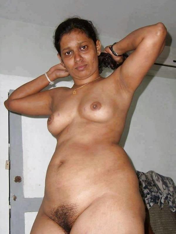 teasing desi hot boobs gallery - 21
