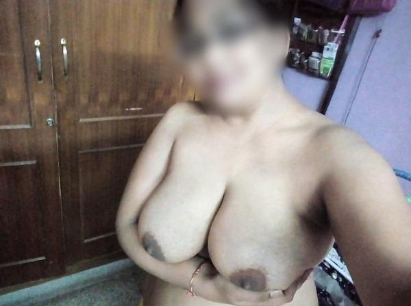 teasing desi hot boobs gallery - 28