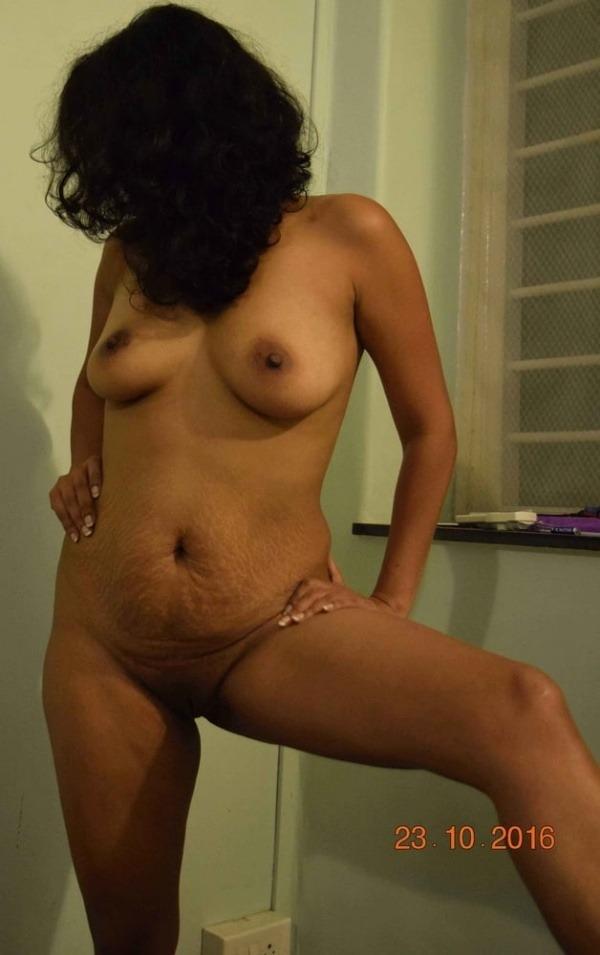 teasing desi hot boobs gallery - 33