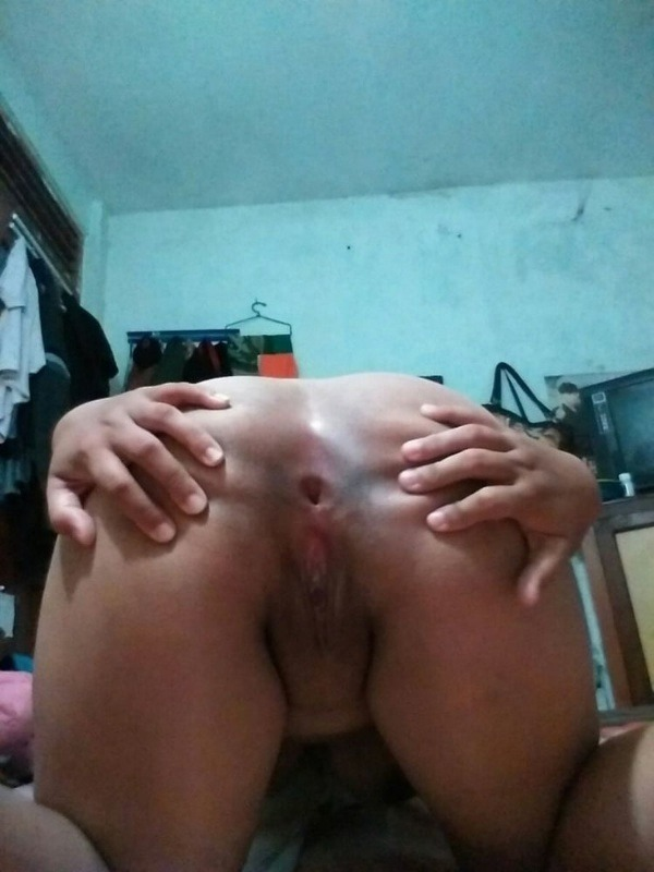 tight juicy indian chut pics - 17
