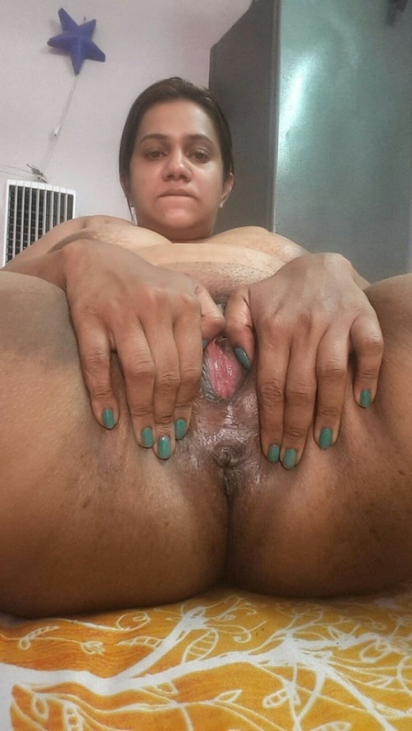 tight juicy indian chut pics - 39