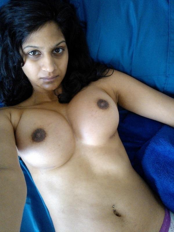 captivating sexy mallu nudes - 1