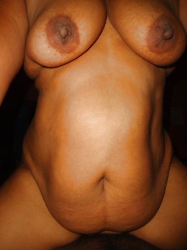 captivating sexy mallu nudes - 24