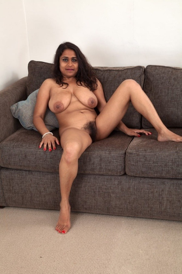 curvy sexy nude aunty gallery - 37