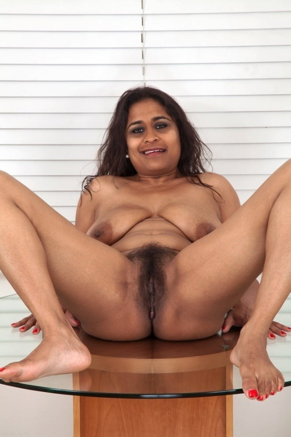 curvy sexy nude aunty gallery - 48