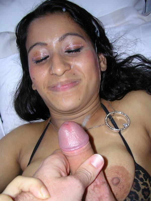 desi cock sucking whores pics - 47