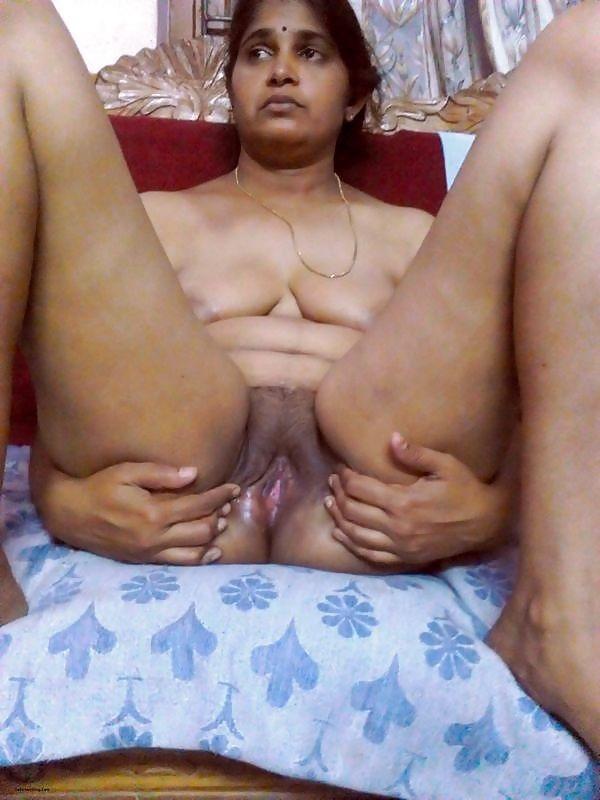 desi mallu sexy women pics - 29