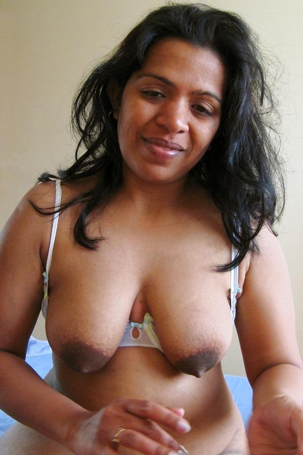 desi milf mature aunty pics - 17
