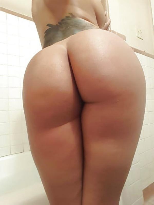 desi naked item girls pics - 35
