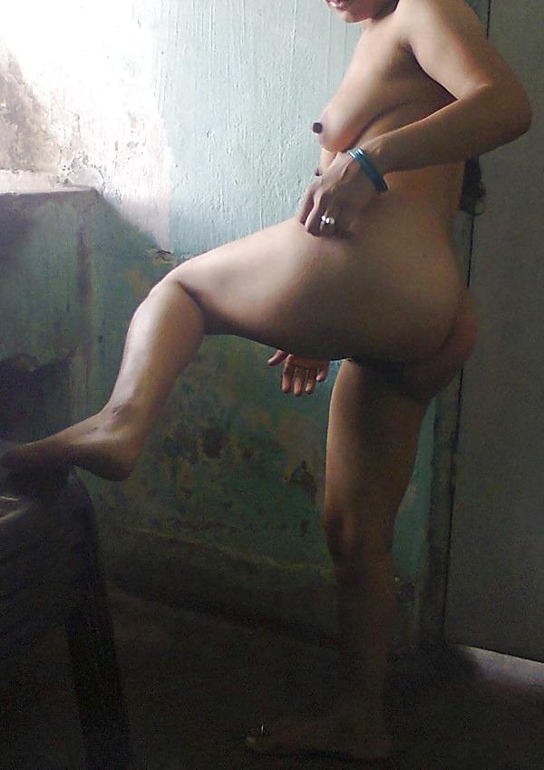 desi rural whore aunties pics - 3