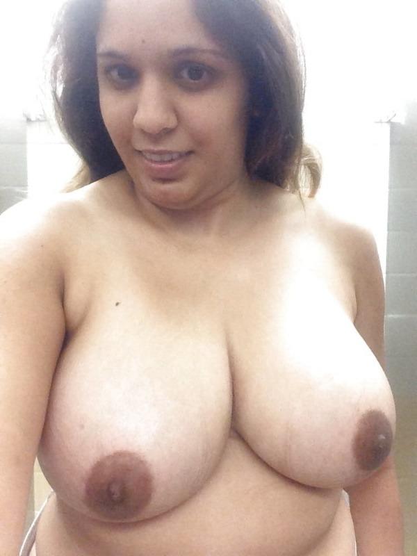 desi slut big boobs gallery - 29