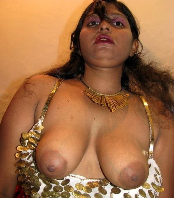 desi slut big boobs gallery - 48