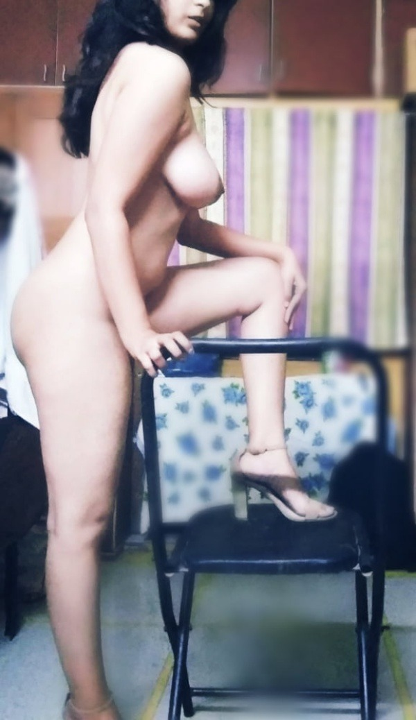 desi women big tits gallery - 11