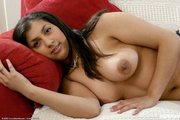 desi women big tits gallery - 35