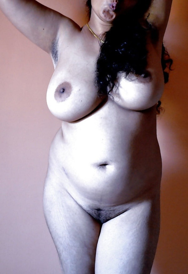 desi women big tits gallery - 45