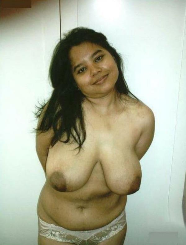 desi women juicy boobs gallery - 18