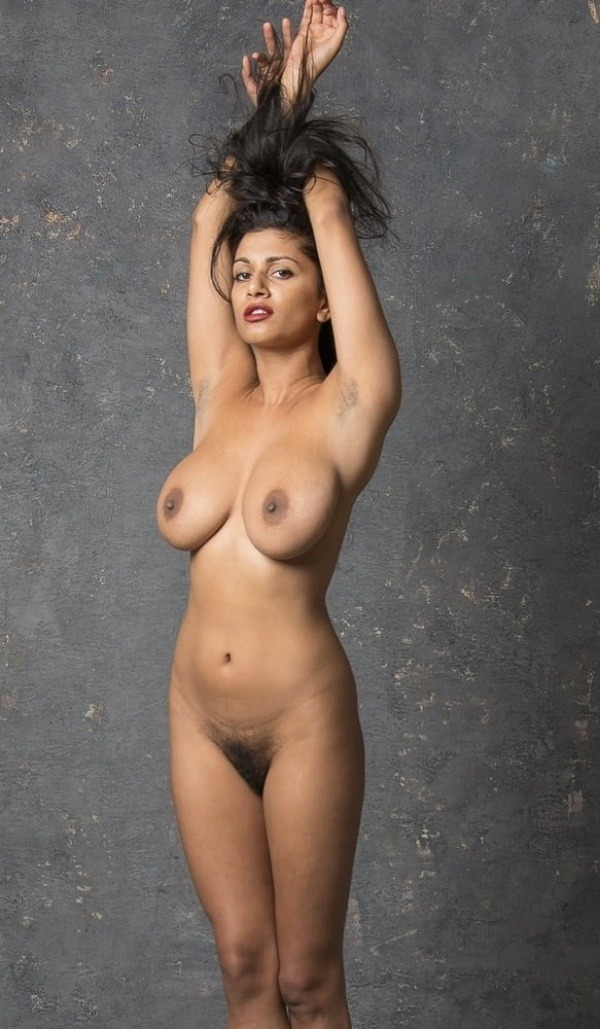 desi women juicy boobs gallery - 33