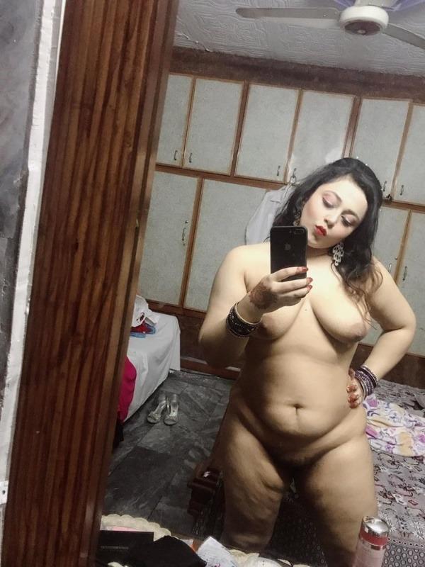 desi women juicy boobs gallery - 46