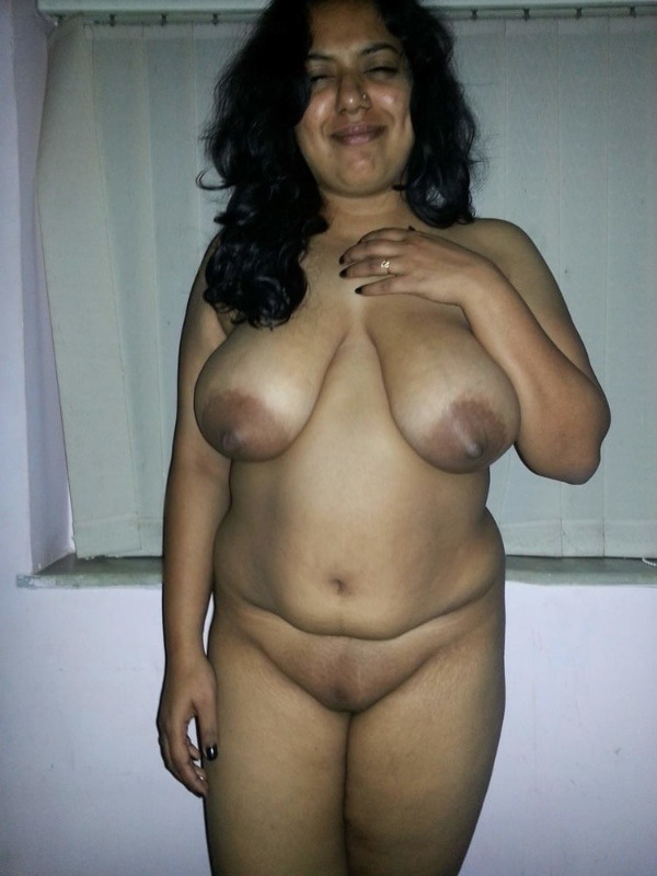 hot chubby mature aunty pics - 25