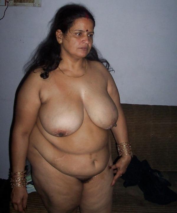 hot chubby mature aunty pics - 26