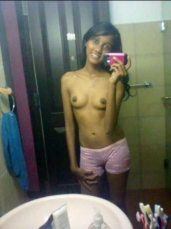 indian kinky naked babes pics - 25