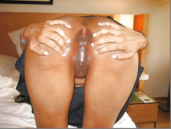 indian kinky naked babes pics - 35