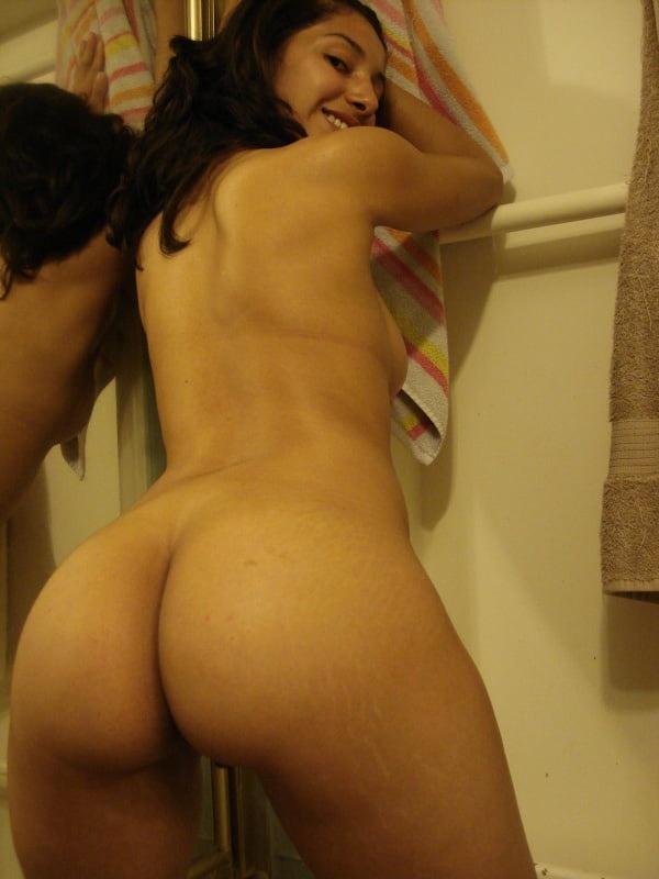 indian kinky naked babes pics - 38