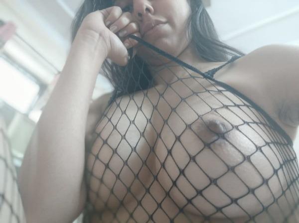 kinky indian naked girls pics - 23