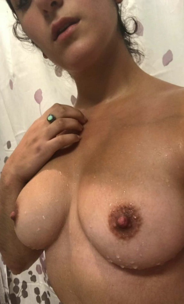 kinky indian nude girls pics - 17