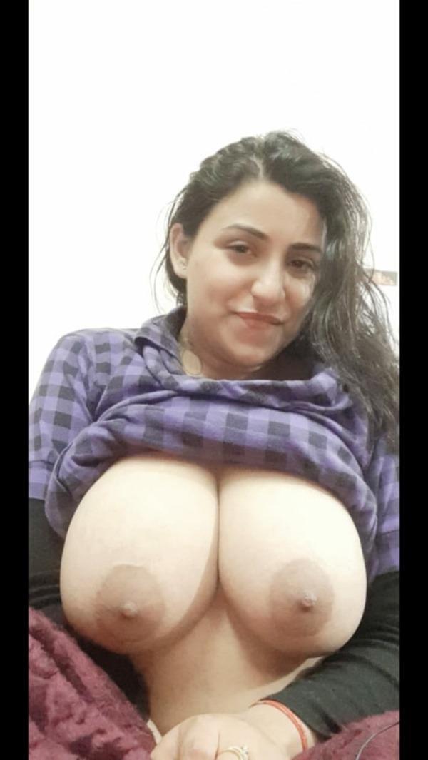 kinky indian nude girls pics - 2