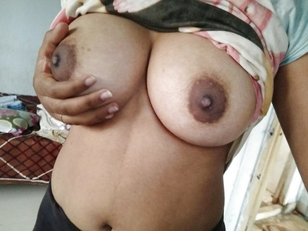 lovely desi natural tits images - 2