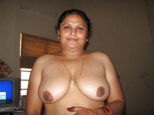 lovely desi natural tits images - 26